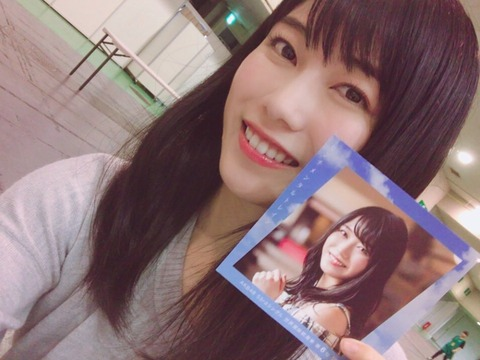 【AKB48】美人、黒髪、京都出身、努力家、整形無し、Fカップ、ノースキャンダルの横山由依が何故売れないのか?