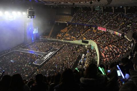 【朗報】IZ*ONE初の単独コンサート、ソウル公演が大落選祭りで追加公演決定!!!