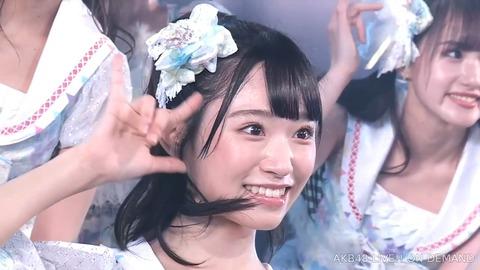 【悲報】AKB48山内瑞葵が小栗有以アンダーでセンターなのにスレが立っていない件