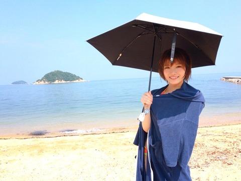 【朗報】AKB48岡田奈々が遂に「少年サンデー」でソロ表紙を飾る!!!