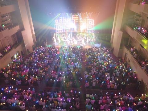 【HKT48】指原莉乃が宮脇咲良の年収が一千万円以上ある事を暴露!