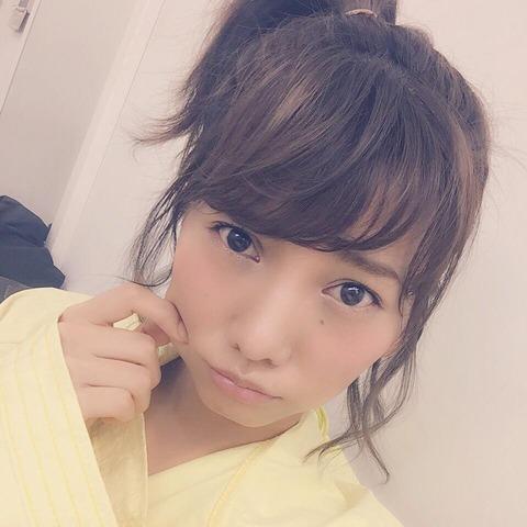 【文春】AKB48高城亜樹がJリーグコーチとお泊まりデート!!!