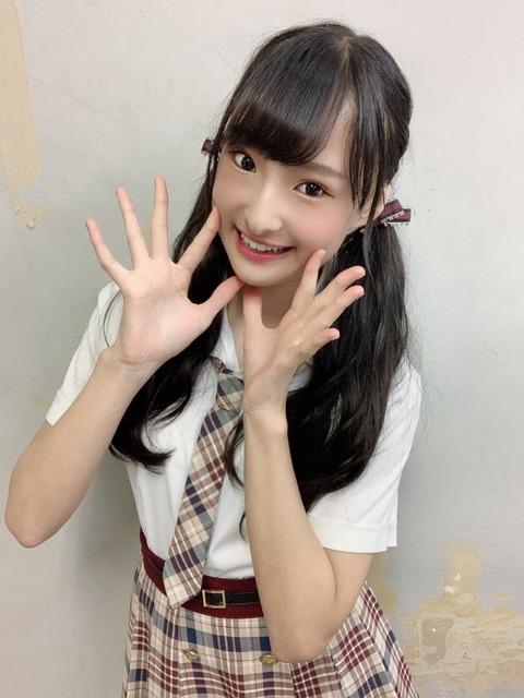 【大悲報】NMB48岡本怜奈ちゃん(中学生)が衝撃告白!「学校の校則で下着の色が決まっていて、時々だけど下着の色チェックもある。」
