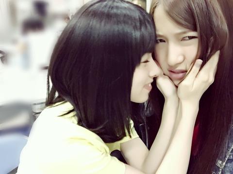 【AKB48】中2の茂木忍と16歳の岩立沙穂をご覧ください