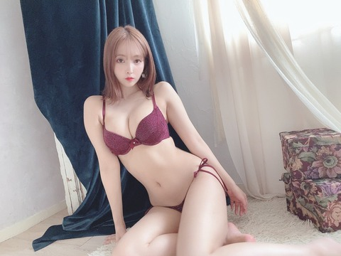 三上悠亜(鬼頭桃菜)ってなんでSKE48時代は不人気メンだったの?