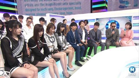 【画像】ゆいはんの足がゴイゴイスーwwwwww【AKB48・横山由依】