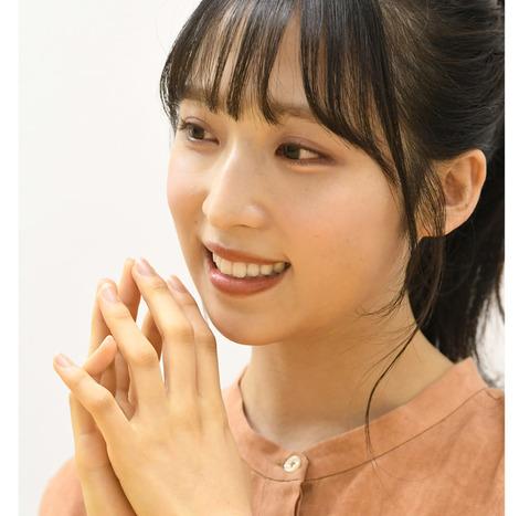 【東スポ】AKB48は私が守ります!19歳 小栗有以8年目の覚悟