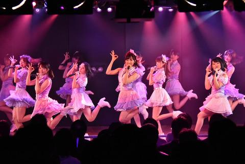【AKB48】最近チーム8に興味持ち始めたんだけど、これだけは見ておけっていう動画とか、DVDなどのグッズとかってある?