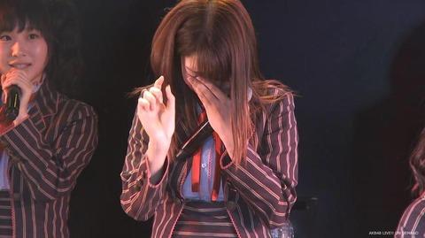 【AKB48】柏木由紀、公演中に突然泣き出す・・・