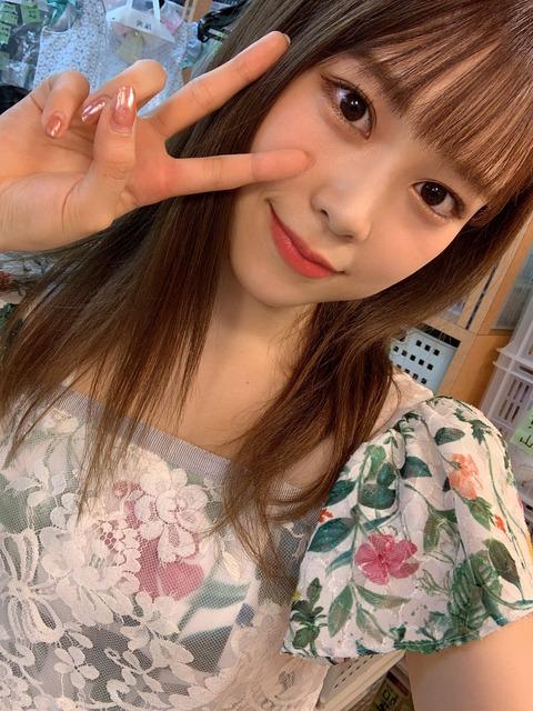 【AKB48】チーム8吉川七瀬さん、SHOWROOMでバッチこーい(チバテレビ)の実況をしている時にSTUの新曲のCMが流れた途端にテレビを一時的に消す
