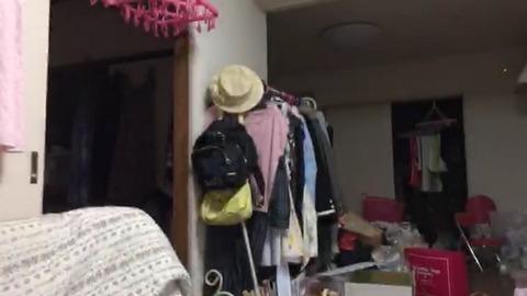 【AKB48】SHOWROOMで一瞬写った後藤萌咲の部屋wwwwww