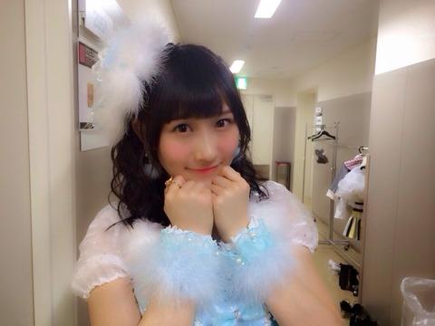 【GIF画像】ふぅちゃんの腰の動きがエロいさかい・・・【NMB48・矢倉楓子】