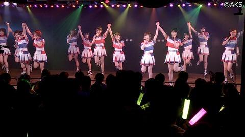 【AKB48】初めて劇場公演いくんだが胸とか脚ばっか見てもいいんだよな?