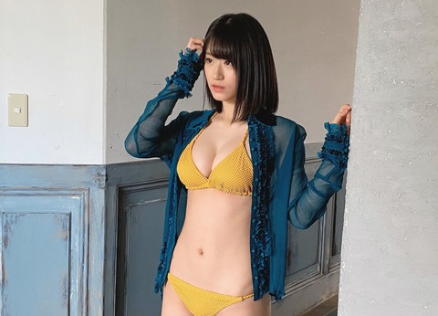 【朗報】BOMBにNMB48上西恵ちゃんのBOMBが掲載www
