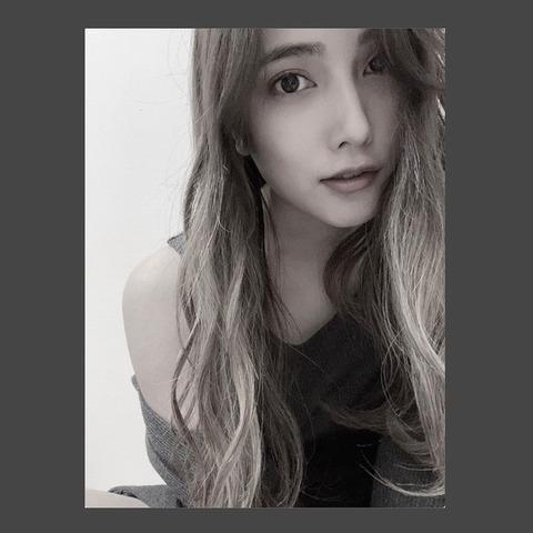 【AKB48】入山杏奈、大人の女性に変貌…色気全開の1枚にファン「誰だかわからなかった…」