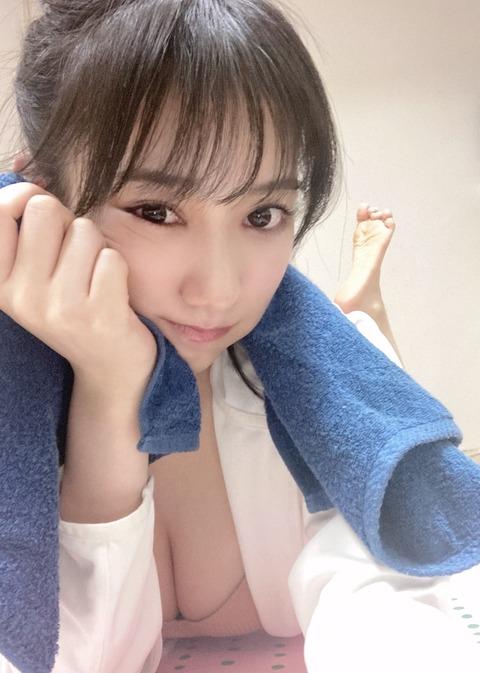 【NMB48】横野すみれ「筋トレ頑張った🥵🥵🥵 」