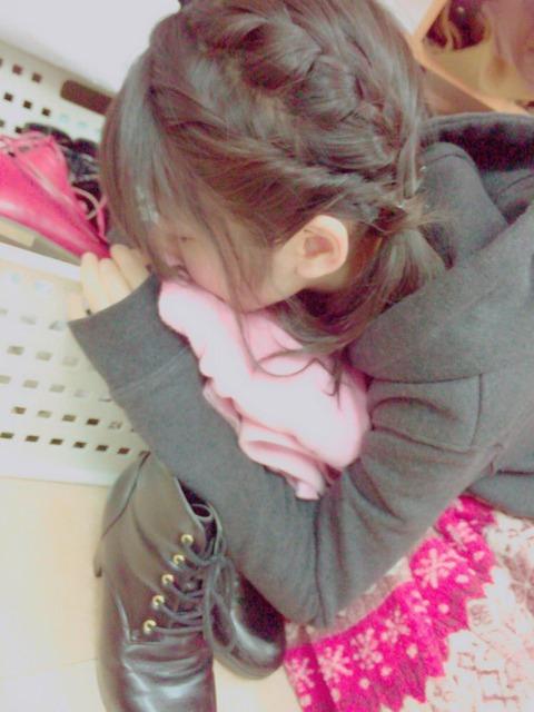 【画像あり】ゆいりーの寝相がエロいと話題に【AKB48・村山彩希】