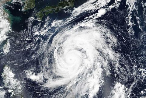 【悲報】台風19号「ハギビス」が地球史上最強の台風だった模様【死者8000人予測】