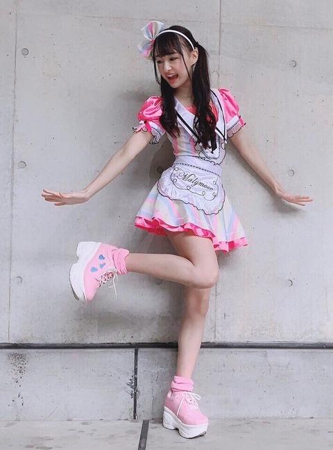 【NMB48】岡本怜奈ちゃんの握手会の服装がなんか凄いwww【れなたん】