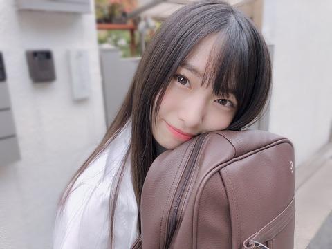 【朗報】AKB48久保怜音c「ひと夏の一目惚れ」谷間グラビアキタ━━━━(゚∀゚)━━━━!!