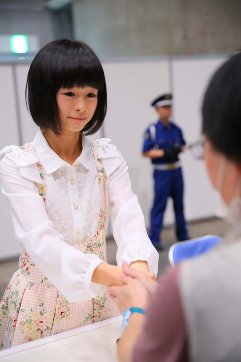 【急募】握手会でメンバーにガチ恋した時の対処法を教えてくれ