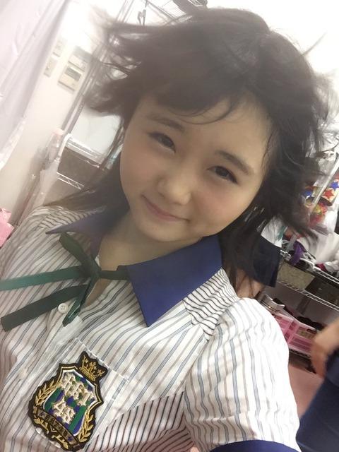 【悲報】HKT48劇場、楽屋のエアコンが壊れてTMレボリューション状態www【秋吉優花】