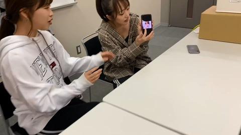 【朗報】YouTube動画でみーおんの胸の谷間が見えてしまうハプニング【AKB48・向井地美音】