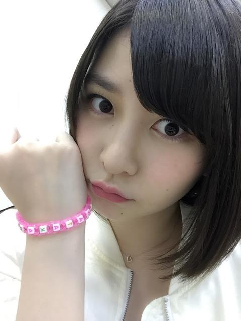 【AKB48】岩田華怜「12期でわたしだけグラビアの仕事が来ないのはおかしい」