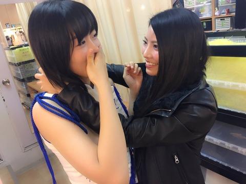 【悲報】変態がAKB48劇場の楽屋に侵入!メンバーが襲われる