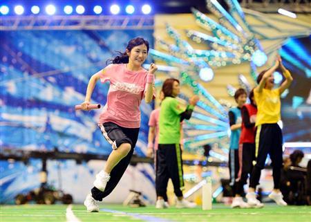 【画像】スマスマ運動会のまゆゆの走ってる姿が美しいと俺の中で話題に【AKB48・渡辺麻友】