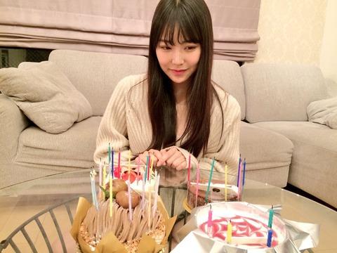 【NMB48】白間美瑠の誕生日ケーキの数が凄い!!!