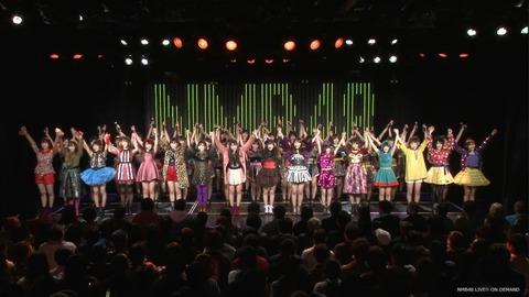 NMB48劇場みたいな全員着席の劇場ってどう思う?