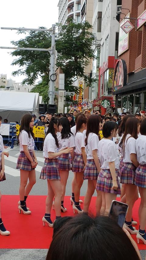 【歓喜】NMB48のスカートが短すぎると話題に!!!