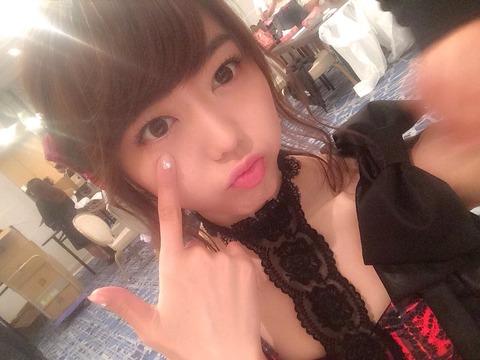 【AKB48】今いるメンバーだと峯岸みなみが一番可愛いと思うんだけど