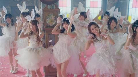【AKB48】ファーストラビット以降で神曲って言えるのは希望的リフレインだけ