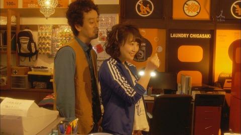 松井玲奈が出てる「神奈川県厚木市 ランドリー茅ヶ崎」見たんだけど、なんで玲奈ひょんって頭のネジ飛んでる系ばっかりなの?