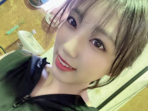 【朗報】元IZ*ONE矢吹奈子ちゃんのおかげでHKT48公演に新規の女ヲタが増える