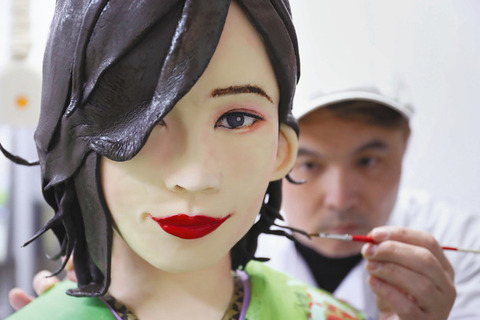 【SKE48】名古屋モーターショーで松井珠理奈等身大菓子細工を展示