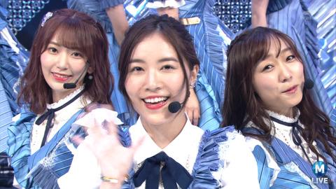 【AKB48】センチメンタルトレインって宮脇咲良・須田亜香里のダブルセンターの方が良かったよな?
