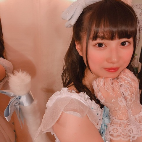 【朗報】チーム8山田杏華ちゃんに 幼稚園児コスプレをさせた結果www