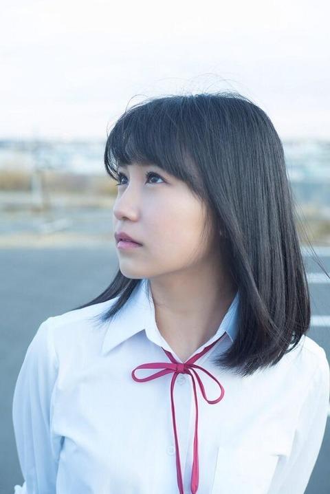 【AKB48】小嶋真子ってルックスならぱるる余裕で超えてるよな?