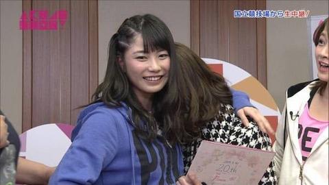 【AKB48】横山由依、携帯電話の充電あるある