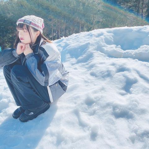 【AKB48】雪に囲まれた陽菜ちゃんがJR SKISKIのCMみたいだと話題に!【チーム8・奥本陽菜】
