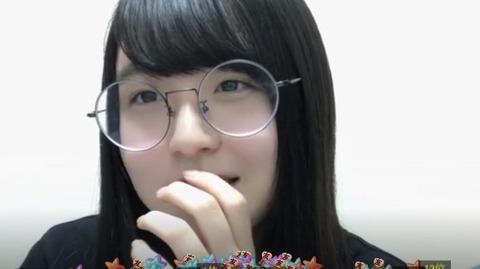 【悲報】HKT48・5期研究生市村愛里がShowroomで年齢層・男女比アンケートをした結果が無慈悲過ぎるwww