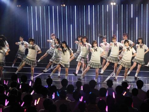"""契約解消後2年は芸能活動禁止、吉本所属のNMB48も""""奴隷契約""""?"""