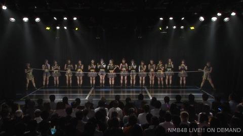 【誰得】NMB48劇場でリンボーダンスが披露される