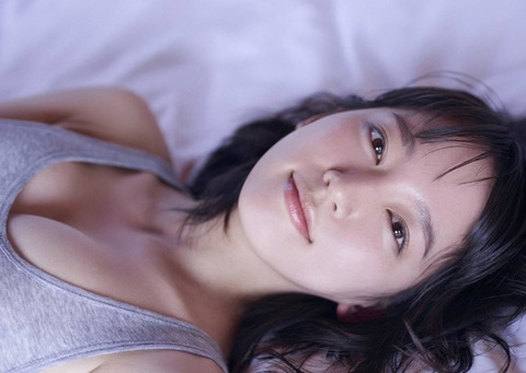 【AKB48G】吉岡里帆並に顔もお●ぱいも可愛いメンバーっている?