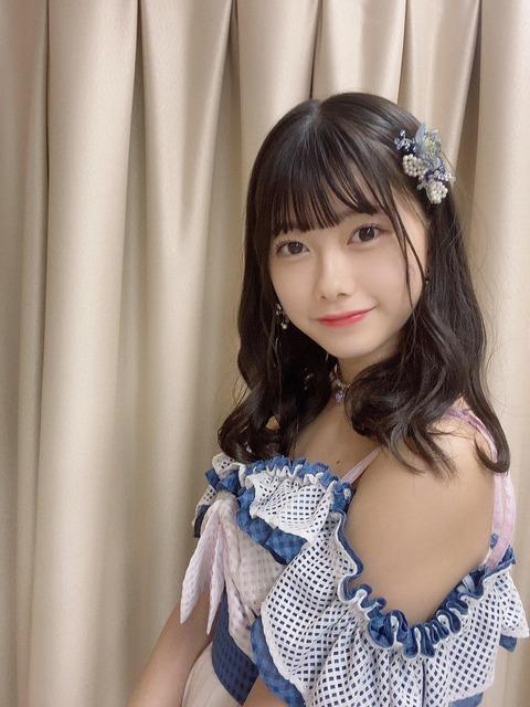 【画像】千葉えちぃちゃんのムチムチな二の腕www【AKB48・千葉恵里】