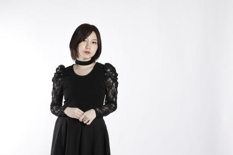 【悲報】元AKB48岩田華怜さん、幻覚幻聴に悩む。完全にあのストーカーのせいだろ