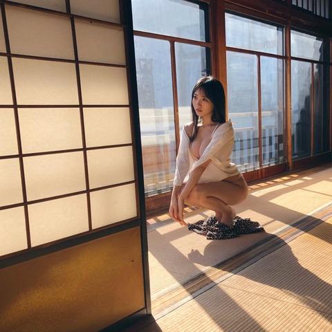 【NMB48】横野すみれさん、ノーパン画像をあげてしまうwwwwww